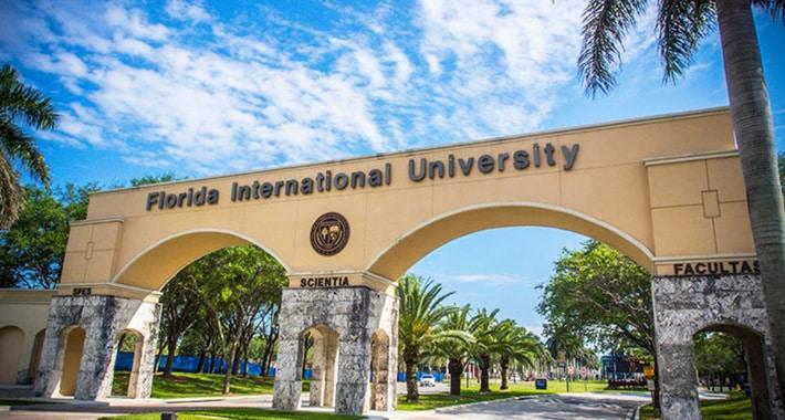 sejour-vacances-linguistiques-et-visites-miamai-campus-internatinal